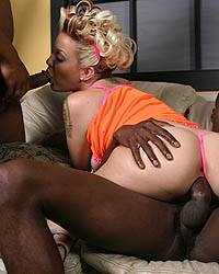 Double Pumped With Darksome Cock